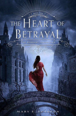 The Heart of Betrayal af Mary E Pearson