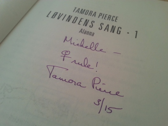Tamora Pierce signatur